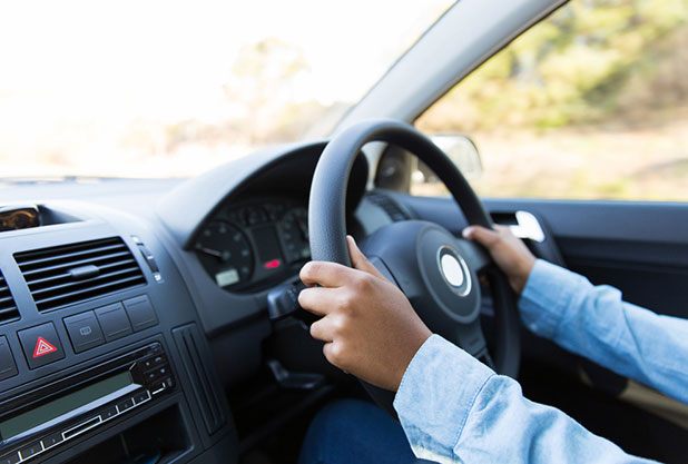 プロのバスドライバーが教える、マイクロバス運転のコツ!
