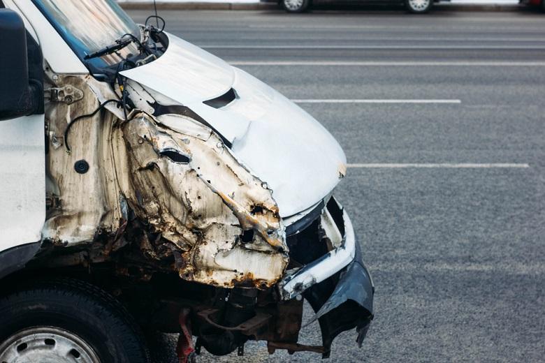 徳島自動車で起きたマイクロバスの事故